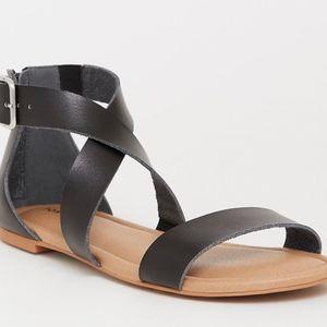 Torrid NWT Black Gladiator Sandals!